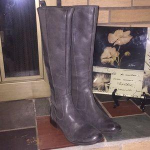 "Jessica Simpson ""Radforde2"" Gray Boots Size 8.5"